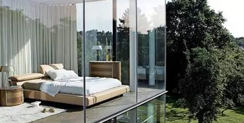 而这种做法恰恰使得落地窗成为居室安全隐患之一